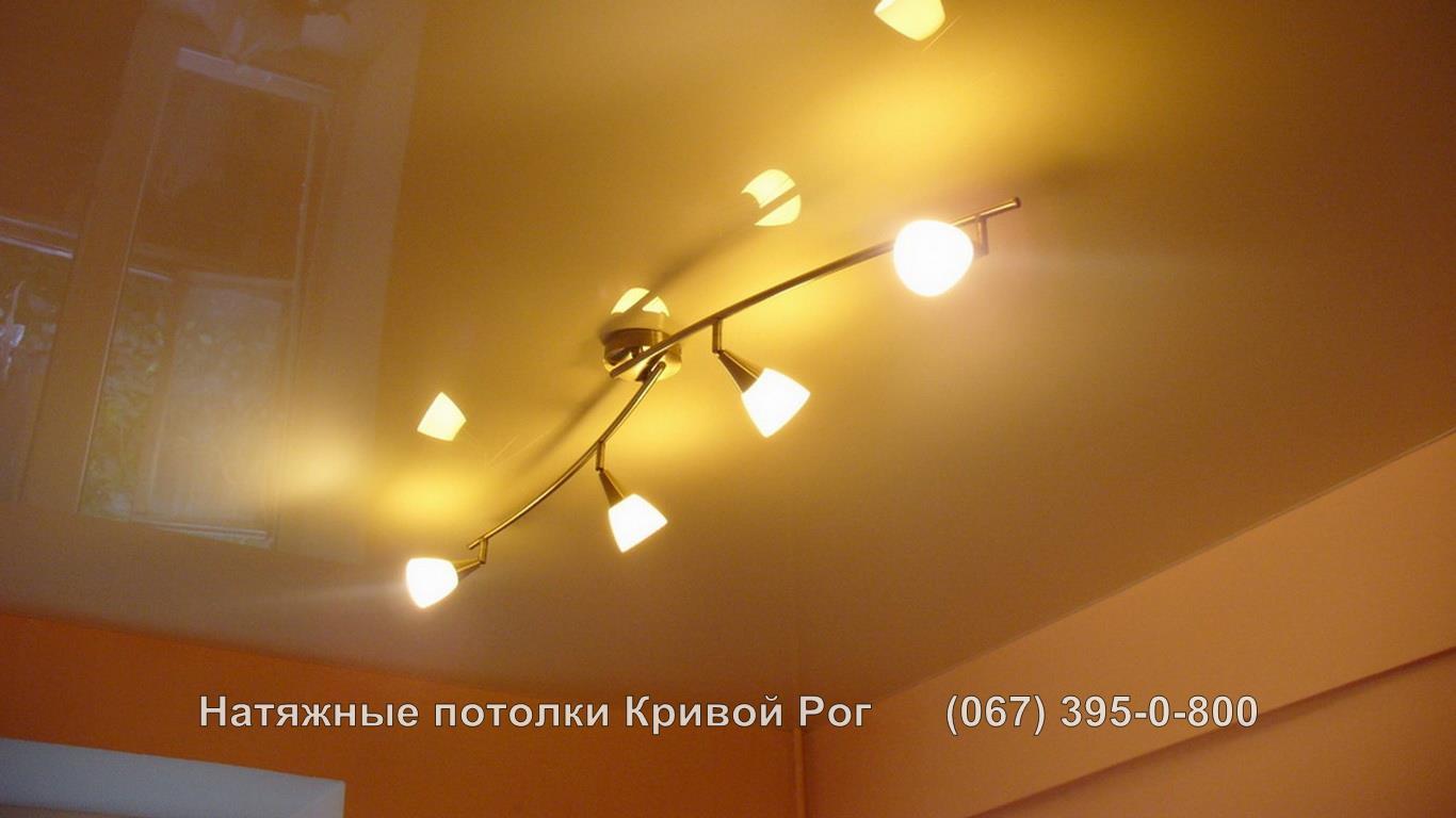 potolki_gostinaya-50